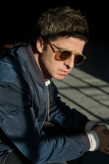 NOEL GALLAGHER'S HIGH FLYING BIRDS RELEASE REMIX OF 'THE RIGHT STUFF' BY MASSIVE ATTACK'S 3D
