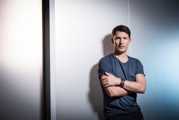 JAMES BLUNT RELEASES HIS GREAT NEW SINGLE 'BARTENDER'